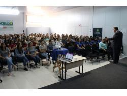 Promovido pela Acislo, evento reuniu mais de 100 mulheres